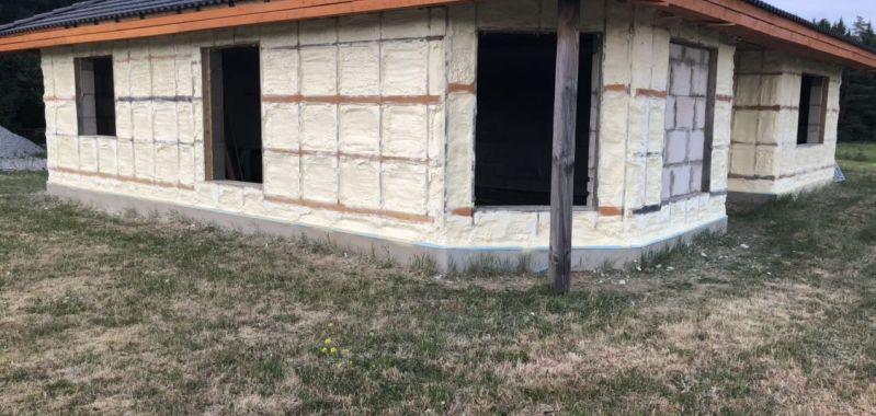 Fassaadi soojustamine suletud pooridega PUR vahuga